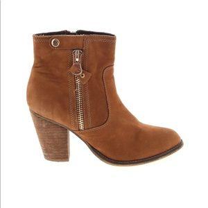 ALDO Soft Leather Zip Snap Heeled Bootie